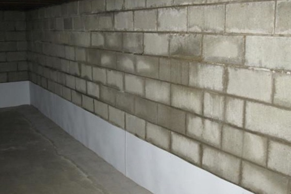 basement-wall-moisture